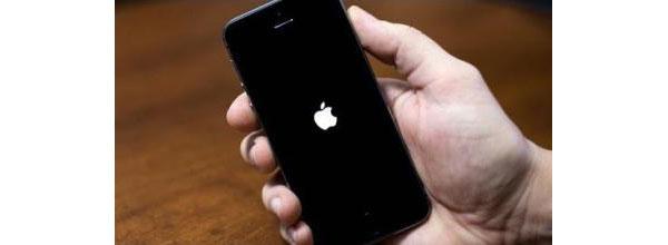 Käynnistä iPhone uudelleen